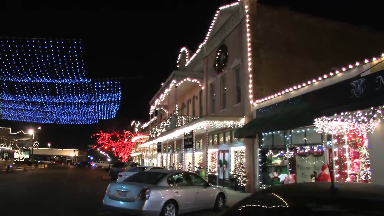 Canton Mississippi Christmas Lights 2013 on town square's old ...