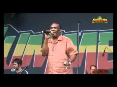 Ken Boothe - When i Fall in Love - Live in SummerJam (2008)