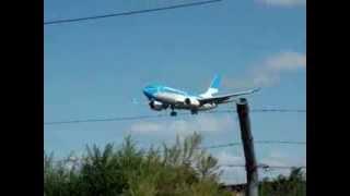 Boeing 737-700 LV-CYN de Aerolineas Argentinas aterrizando en Cordoba