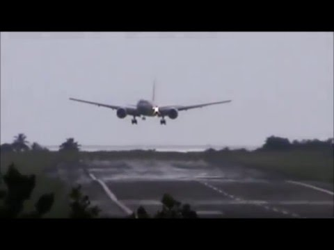 Heavy CROSSWIND LANDING B777 Air France - Martinique TFFF
