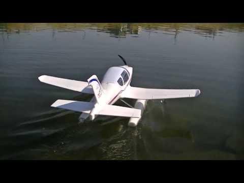ホビーショップ雷 で買った ラジコン水上機 を飛ばしてみたら