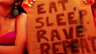 Repeat youtube video Fatboy Slim VS Dimitri Vegas, Like Mike & Ummet Ozcan - Eat Sleep Rave Repeat ( Tomorrowland Mix )