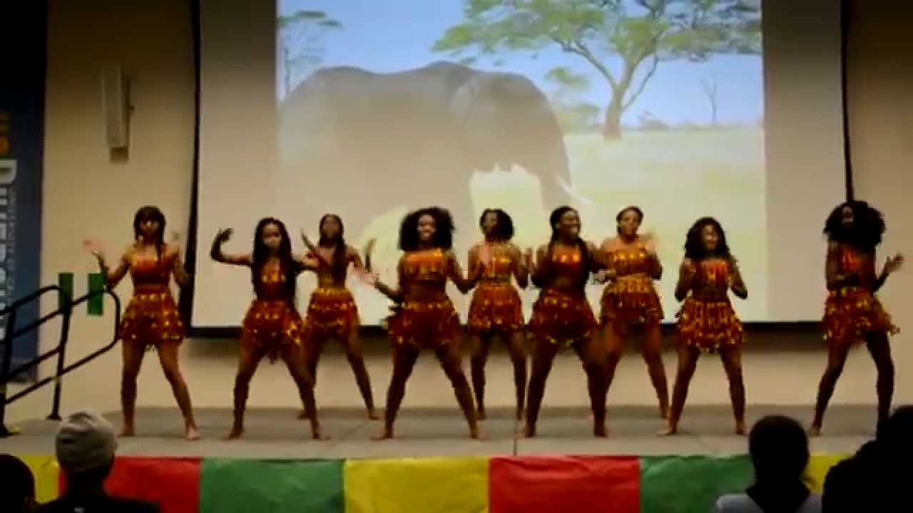 UC Riverside Nigerian Association Dance Team