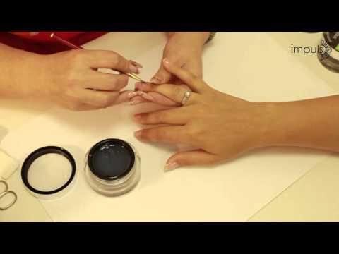 Укрепление натуральных ногтей гелем и дизайн Перо павлина