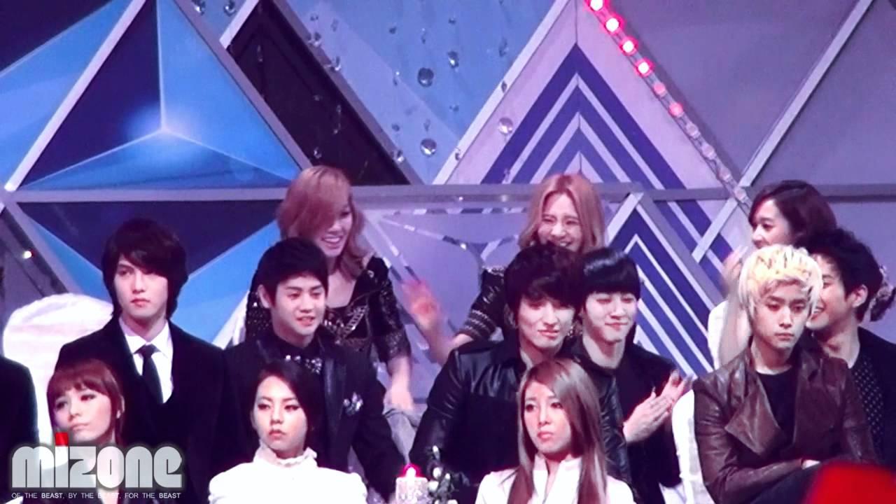 [Fancam] 111229 BEAST Yoseob & Kikwang @ 2011 SBS Gayo ...