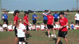 7 year old girl - Riley Hamilton beating Mia Hamm in juggling