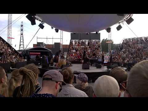 Sarah Kivi & Non Orchestra@Flow