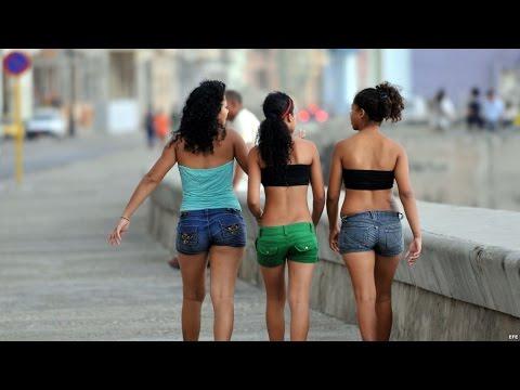 Cubana & Reggaeton en el Malecón de la Habana, musica, amor y parejas. DOCUMENTAL CUBA