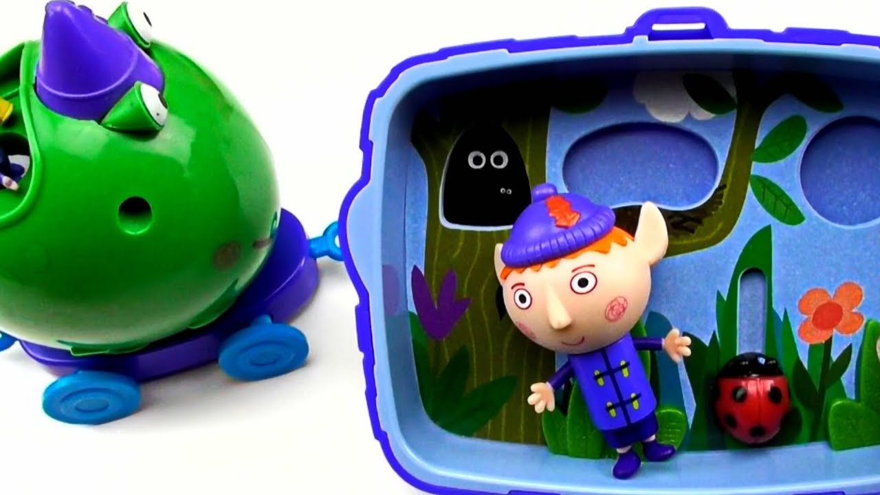 Ben and Holly kids Video ! Ben`s Pond Toys !