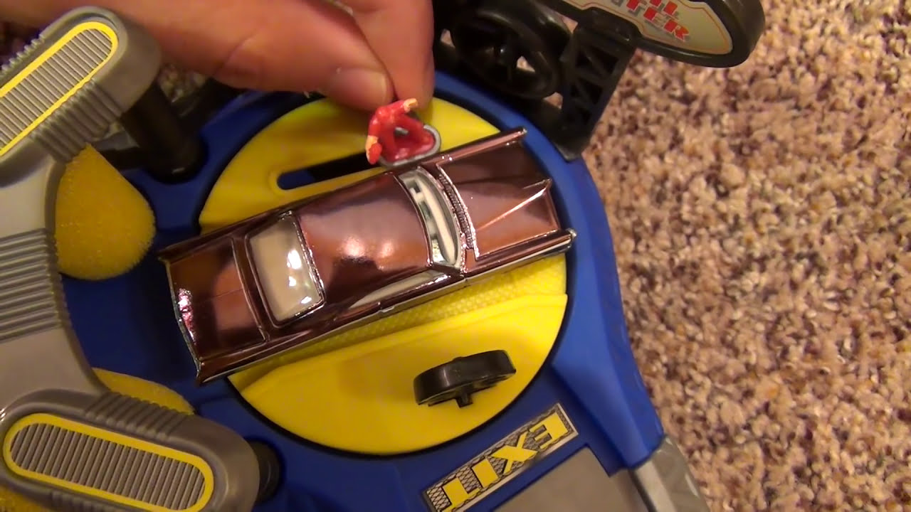 Hot Wheels Car Wash Playset