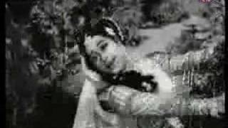 Mere Dil Mein Halki - Geetanjali & Mahipal - Parasmani