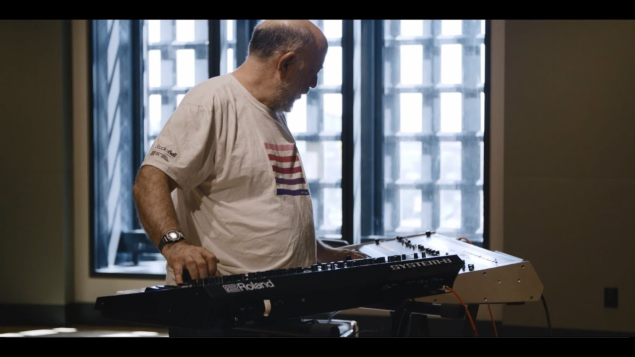 Roland System-8 купить Синтезаторы в Москве в интернет-магазине ALL for DJ