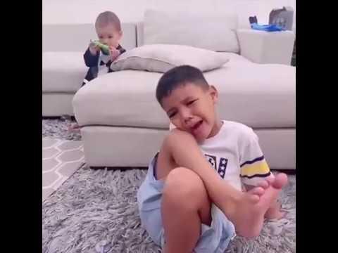 Lucunya Abang Juna Nangis Karena Ditinggal Mommy Titi Kamal Kerja