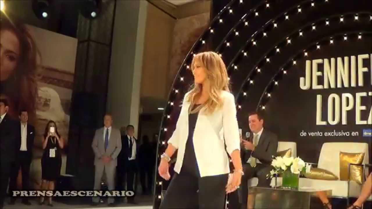 Jennifer Lopez Desfila Linea De Ropa Coppel
