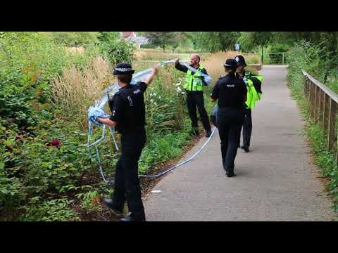 The cordons being removed from Queen Elizabeth Gardens in Salisbury