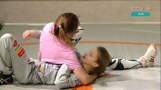 Женская борьба в массы и в экраны(В следующие выходные в Пылтсамаа пройдет спортивный лагерь для девочек, увлекающихся борьбой. Его провели..., 2016-03-08T07:44:56.000Z)