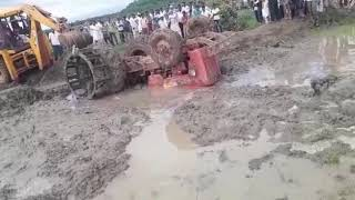 Tractor accident tractor driver was die
