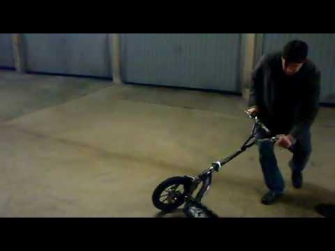elektro scooter burnout e roller mit 72 volt 3000 watt electric scooter tuning youtube. Black Bedroom Furniture Sets. Home Design Ideas
