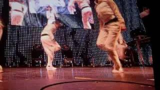 T-Pain ft. Chris Brown - Freeze (Chris Brown Rihanna concert)