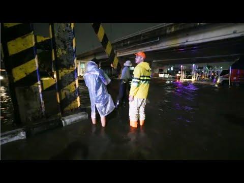 ganjar-cek-lokasi-banjir-di-terowongan-kaligawe-semarang