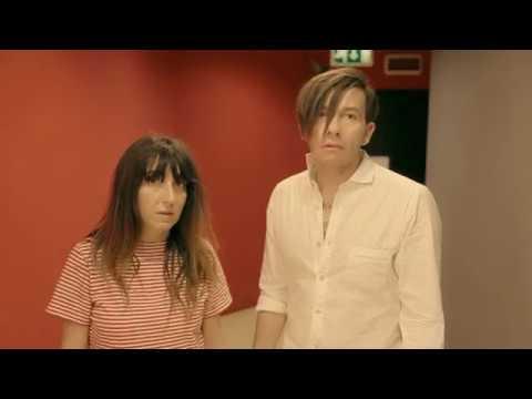 Diego e La Vale si contendono Linus: la parodia dello spot Coca Cola