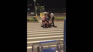 Racist Fights Walmart Manager During Racial Tension In America
