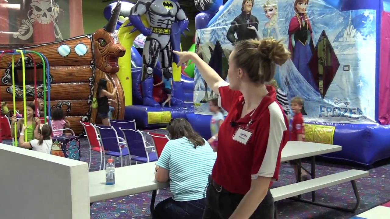 Tampa Jump Zone Party birthday parties indoor bounce houses giant