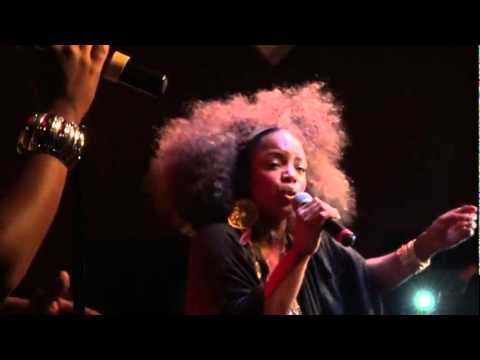 Leela James - Tell Me You Love Me (Live)