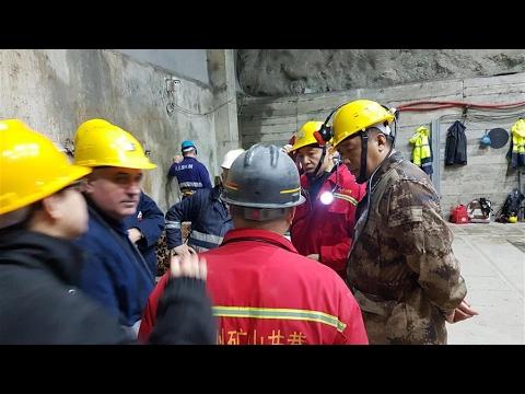 Equipos de rescate siguen buscando a tres mineros chinos atrapados en Albania