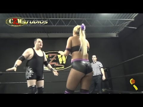[FREE MATCH] DJ Hyde vs. Maria Manic | Intergender Wrestling