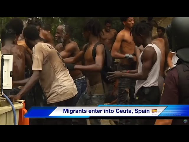 Migrants in Morocco Climb Fences to Spanish Enclave