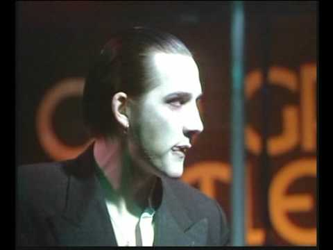 The Damned - Smash it Up Old Grey Whistle Test, Stage wrecked!