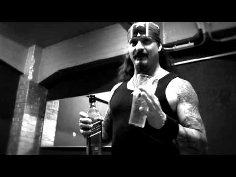 Chris Jericho (FOZZY) talks about his favorite Century Media Bands