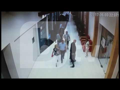 Swedish tourist kicks a chambermaid woman for no reason (Sunny Beach, Bulgaria)