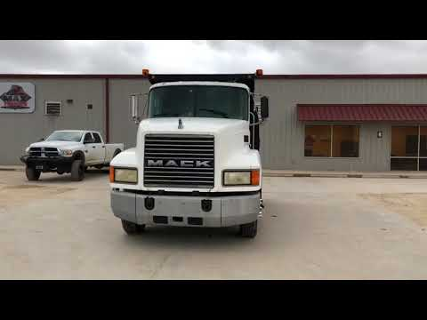 2000 MACK CH612 For Sale