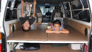 Repeat youtube video 【 自作 】 ハイエース 車中泊 準備 簡易ベッド設置!(自作 ベッド フルフラット)
