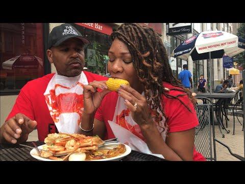 'FLAVOR-IT DESTINATIONS'  St. Louis , MO The Black Foodies