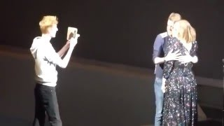 Adele - FUNNY - live in Glasgow 25-03-2016 - 2 guys on stage with a tattoo of Adele