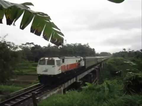 Perjalanan Tunggal Kereta Api Argo Wilis Bandung Surabaya Gubeng Part 2