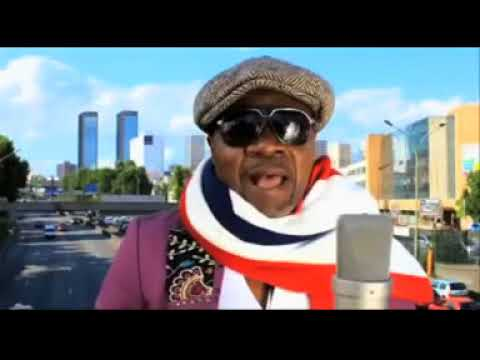 Papa Wemba habillait en Mani Congo Festival Mundial 2007
