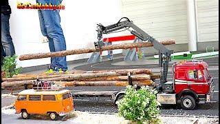 RC MODELS, TRUCKS, CONSTRUCTION MACHINE ACTION at Oktoberfest KA p2