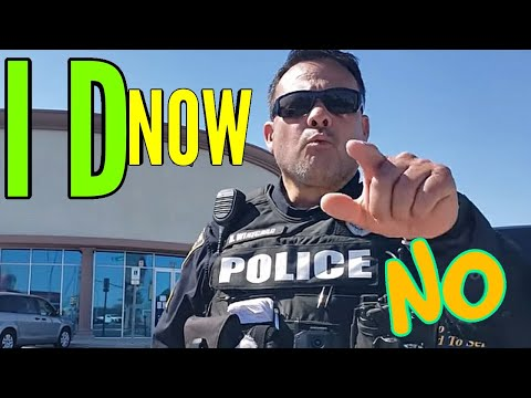 Cop fails to intimdate man off sidewalk owned not knowing law first amendment audit fail