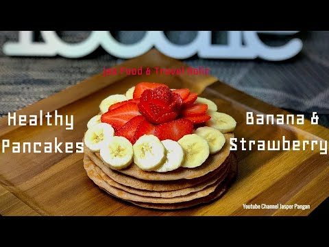 High-Protein Pancakes With Bananas
