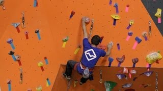 Rockin' Rock Climbing Commodities Momentum Climbing Harness: http:/...