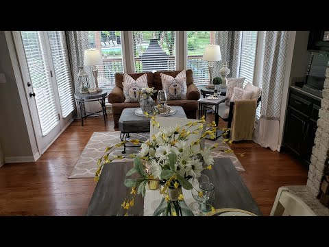 2019 Spring/ Mother's Day Tablescape & Hearth Room Ideas/DIY Floral Arrangement