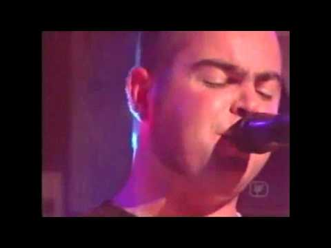 "Mclusky "" to hell with good intentions "" LIVE on pop TV"