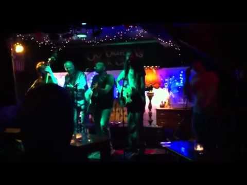 Jukebox Gypsy (4) and Steve Housden