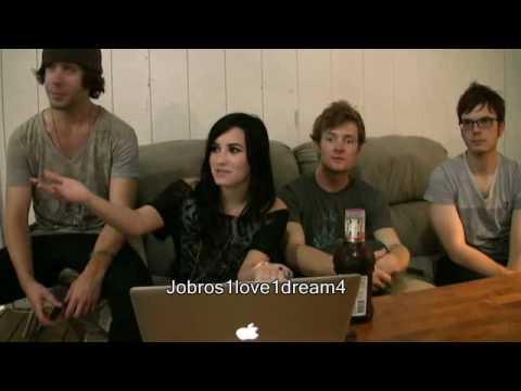 Demi Lovato Live Chat (08-21-09) - Part 3