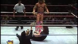 Repeat youtube video Ultimate Warrior vs Undertaker WWF 1991