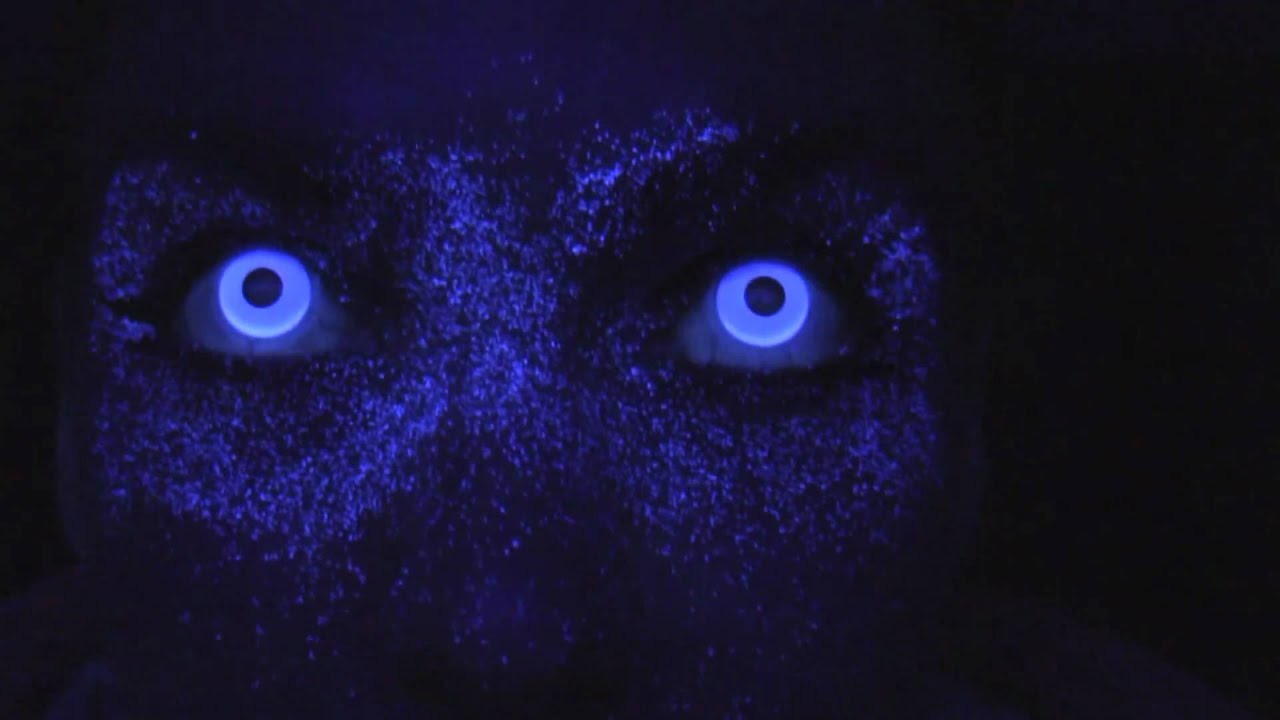 Uv Blue Contact Lenses Youtube